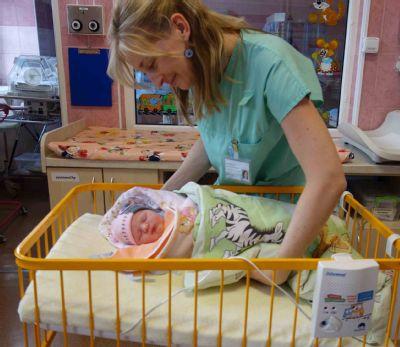 Dech novorozenců hlídá v Nemocnici Nový Jičín deset nových přístrojů