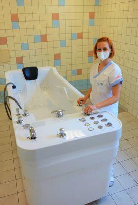 Nové vany na vodoléčbě zvýší komfort rehabilitací v Nemocnici AGEL Nový Jičín